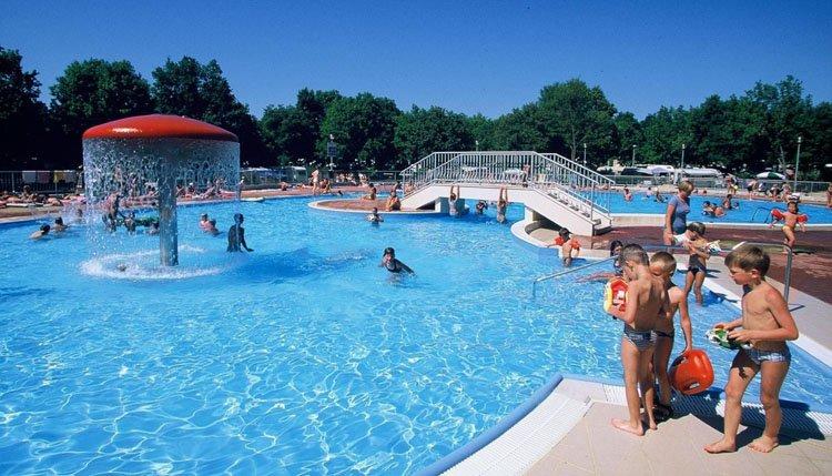 camping_bijela_uvala_zwembad.jpg