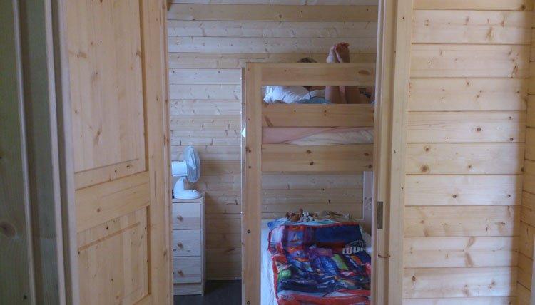 camping_tillessensee_chalet_kinderslaapkamer.jpg