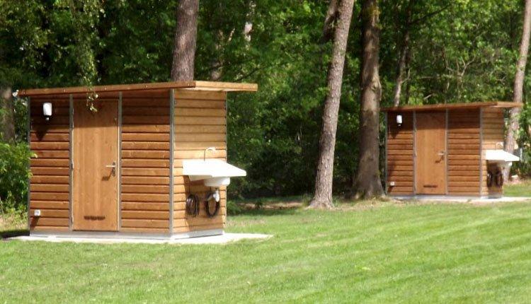 camping_borken_am_see_kampeerplaats_deluxe_sanitair06.jpg