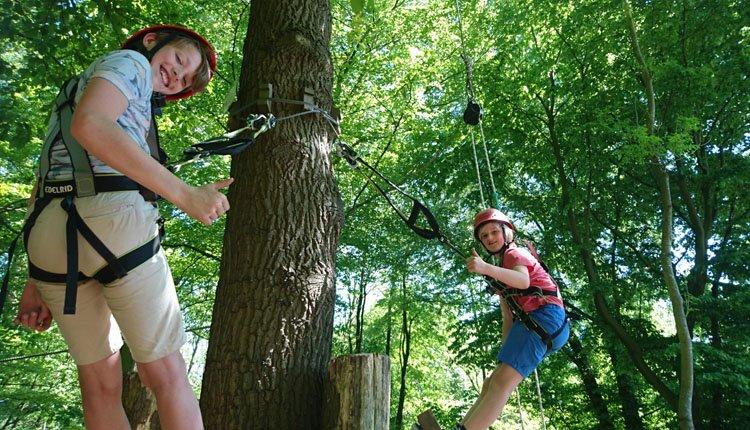 Camping Borken am See - klimbos vanaf jong tot durfals