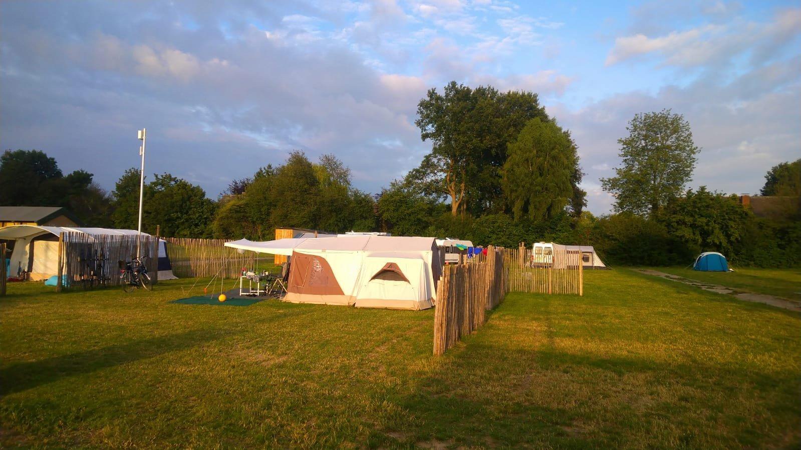 kampeerplaats03.jpg
