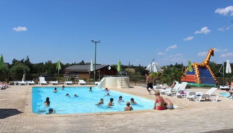Camping du Lac de Bonnefon zwembad