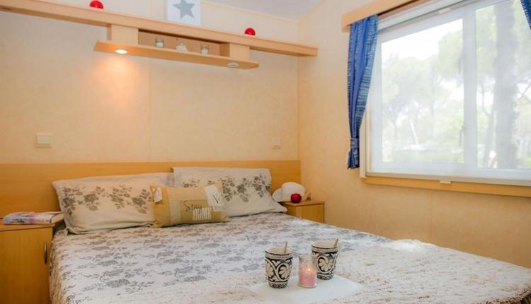 Duinrell stacaravan Cosy ouder slaapkamer
