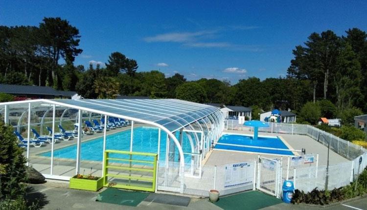 Camping de Kerleyou zwembad